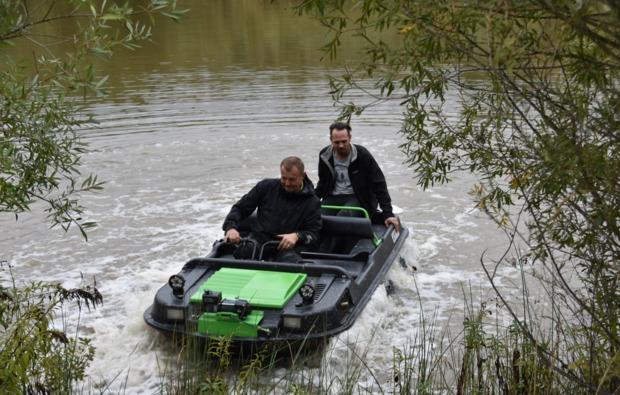 amphibienfahrzeug-fahren-voitsberg-schwimmen