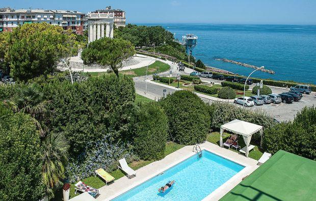 hotel-schwimmen-ancona_31511973605