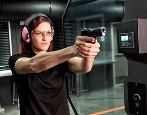 Großkaliber Schieß-Training - Oberursel Schießtraining mit Großkalibrigen Waffen - 3 Stunden