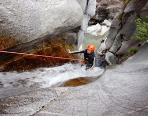 Canyoning Tessin 4 Tage - JSMD - Claro Bellinzona (Schweiz) - 4 Tage (reine Canyoningzeit ca. 16 Stunden)