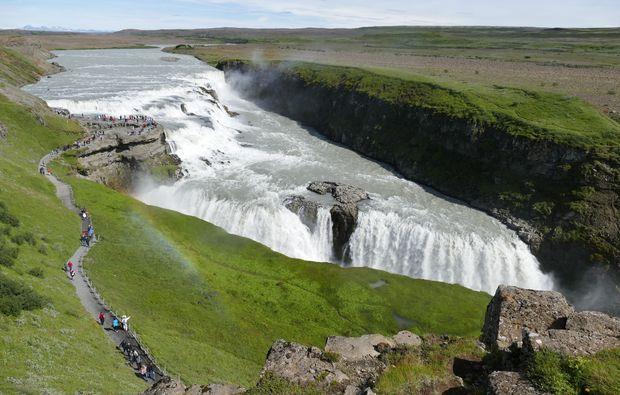 erlebnisreisen-reykjavik-wasserfall