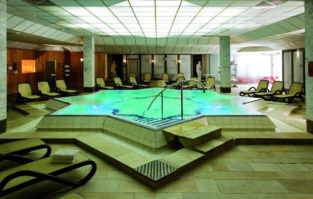 staedtetrips-niedernhausen-schwimmbad