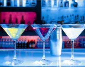Cocktail Kurs Linz Zubereitung von 3 Cocktails