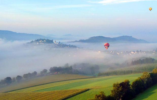 romantische-ballonfahrt-pforzheim-berge