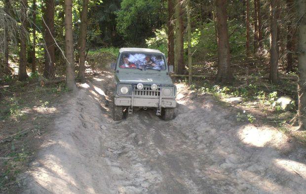 maennerspielplatz-grossalmerode-jeep
