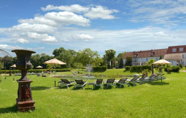 romantikwochenende-meerane-hotelgarten