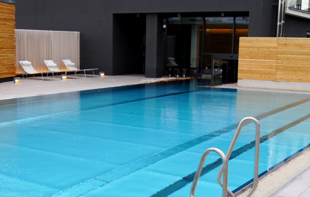 romantikwochenende-meerane-pool