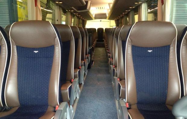 reisebus-fahren-hettstedt-innenraum