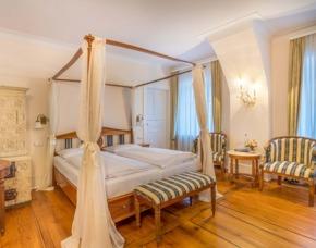 Romantikurlaub in Baden-Württemberg für 2 Schlosshotel Neckarbischofsheim - 3-Gänge-Candle-Light-Dinner