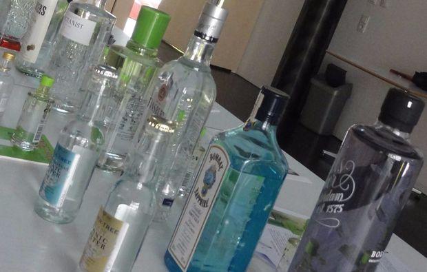 whisky-co-gin-tasting-69-euro-dornbirn-flaschen