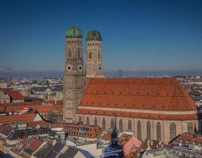 Stadtführung - Geheimes München auf den Spuren der Illuminaten - Am Karlstor Spuren der Illuminaten