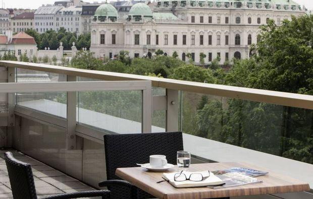 erlebnisreisen-wien-terrasse