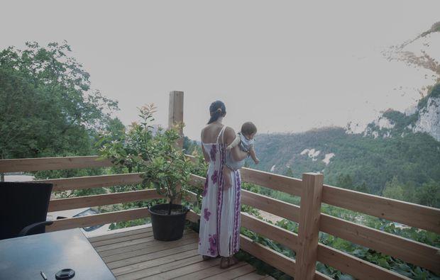 almhuette-san-lorenzo-dorsino-terrasse