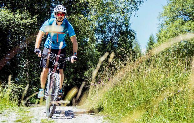 fahrradtour-seefeld-in-tirol-biken