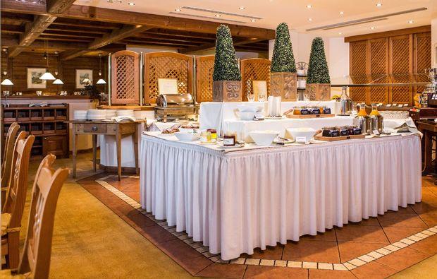 fruehstueckszauber-fuer-zwei-bad-fuessing-restaurant