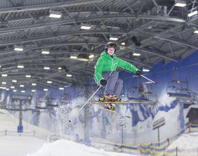 Skiurlaub Hotel Fire & Ice - Lifttageskarte für die Skihalle Neuss
