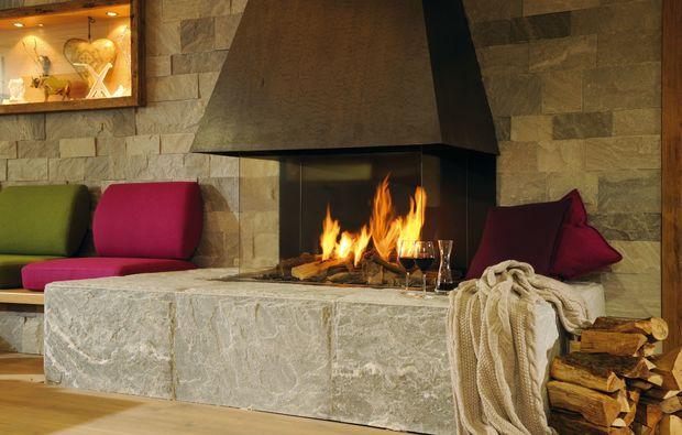 skiurlaub-neuss-kamin