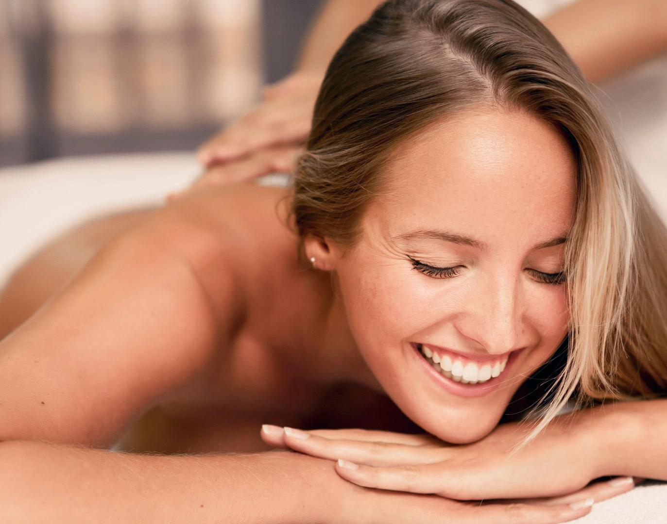 Deep Relaxation Deep Relaxation Massage - Ca. 60 Minuten