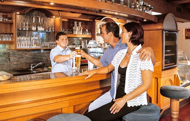 romantikwochenende-mieders-im-stubaital-bar