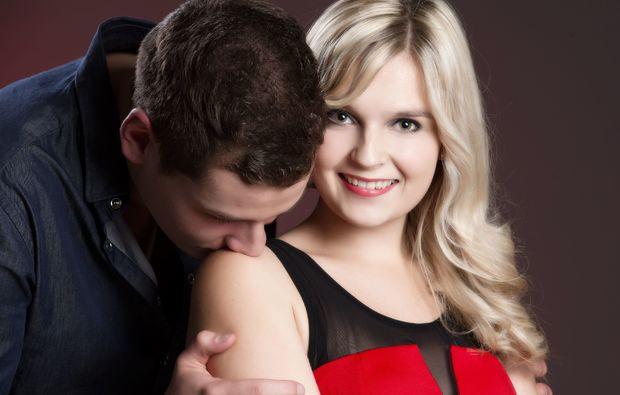 partner-fotoshooting-erlangen-kuss