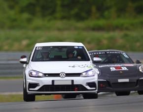 VW Golf R 4 Motion Rennstreckentraining - Hockenheim VW Golf R 4 Motion – 4 Runden – Hockenheimring