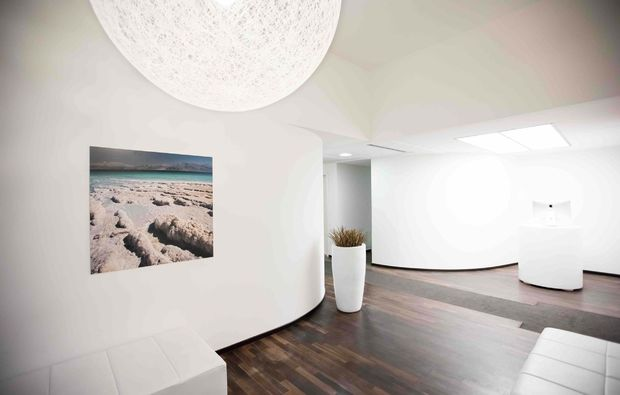 floating-massage-berlin-lounge