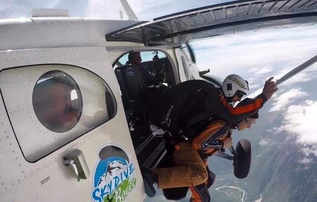 fallschirm-tandemsprung-bovec-flugzeugsprung