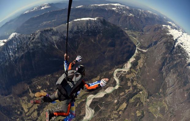 fallschirm-tandemsprung-bovec-freier-fall