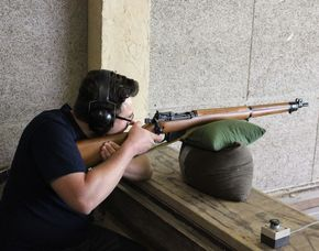 Schießtraining - Lang- und Kurzwaffen - Hochspeyer Schießtraining mit Pistolen, Gewehren (historische Waffen) – ca. 2 Stunden