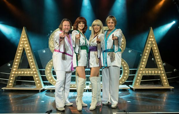 stars-in-concert-berlin-christmas-abba