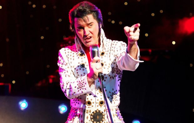 stars-in-concert-berlin-christmas-elvis