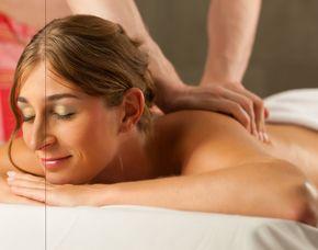 Wellness für Frauen Peeling, Gesichtspflege & Massage, Fußbad & Massage, Ganzkörpermassage – 130 Minuten