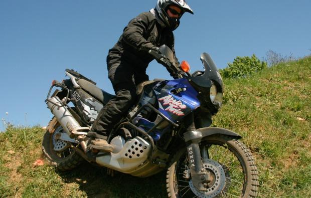 enduro-fahren-fahrsicherheitstraining-hof-adrenalin