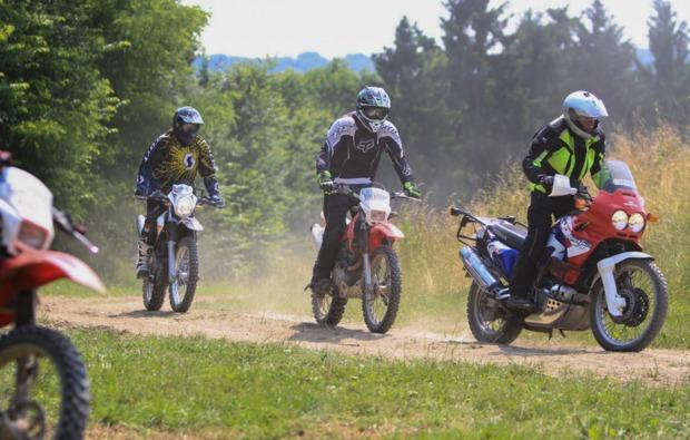 enduro-fahren-fahrsicherheitstraining-hof-fun