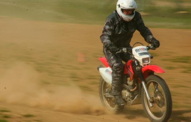 enduro-fahren-fahrsicherheitstraining-hof-speed