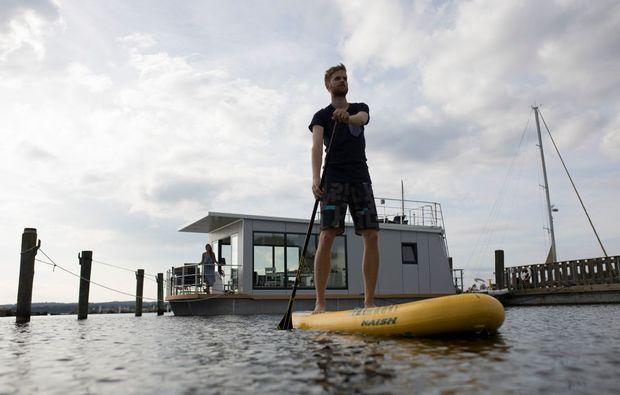 hausboot-uebernachtung-egernsund-auf-see