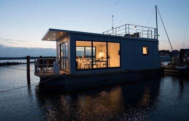 hausboot-uebernachtung-egernsund-geschenk