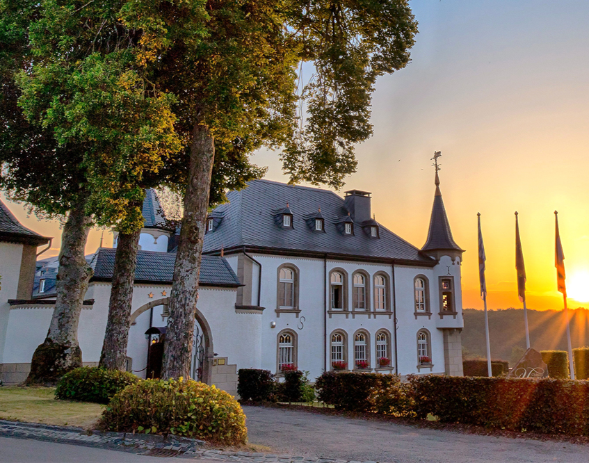 Romantische Schlossübernachtung Romantic Getaway / 1 ÜN, 2 Personen Hotel Chateau d'Urspelt – 3-Gänge-Menü