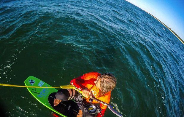 hydrofoil-kiten-zingst-meer