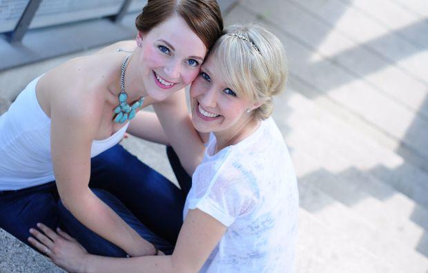 bestfriends-fotoshooting-frankfurt-am-main-treppe
