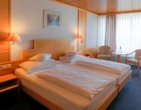 Übernachtung, Sektprobe & Dinner für 2 Hotel Stadt Breisach - 3-Gänge-Menü