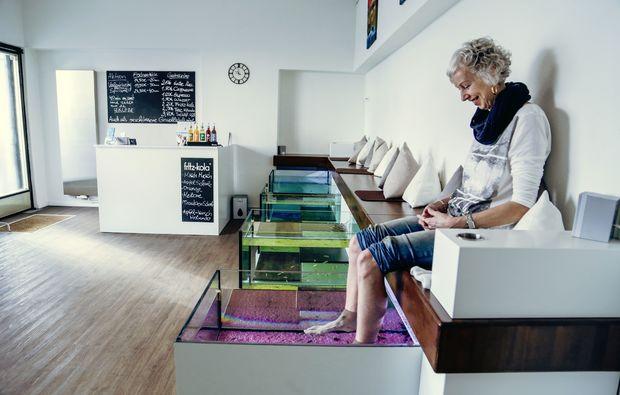 fisch manik re und pedik re in hannover als geschenk mydays. Black Bedroom Furniture Sets. Home Design Ideas