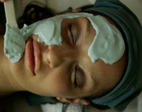 Walli Gesichtsbehandlung - Hotel Walliserhof - Brand Gesichts- und Dekolleté-Massage, Tee