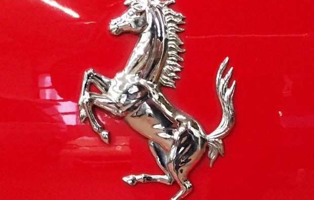 ferrari-fahren-neumarkt-i-d-oberpfalz-sportwagen