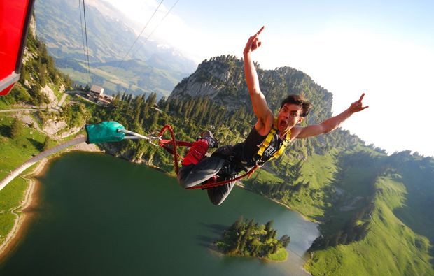 bungee-jumping-matten-interlaken