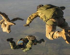 Fallschirmsprung-Kurs Windeshe...