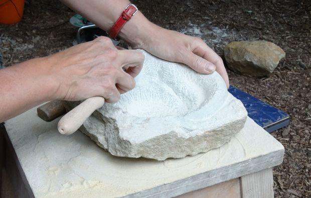 klassischer-bildhauer-stein-workshop-koeln
