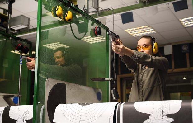 schiesstraining-pistole-bochum-adrenalin