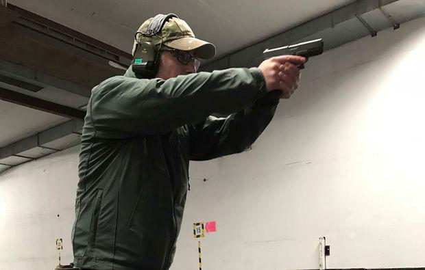schiesstraining-pistole-bochum-konzentration