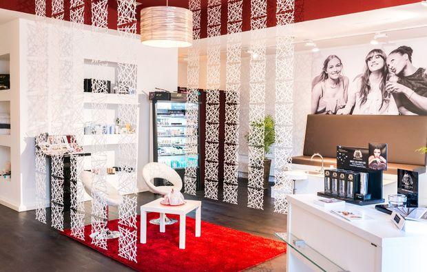 gesichtsbehandlung-stuttgart-salon